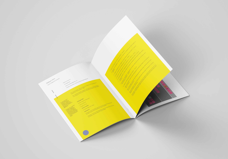 A4_Brochure_Mockup_7